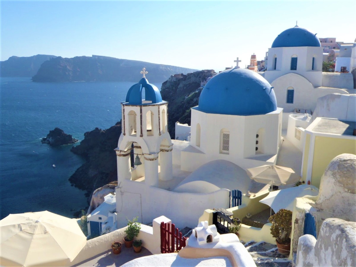 CRUISING THE GREEK ISLANDS ON A BUDGET!